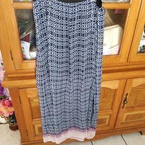 Printed maxi skirt NWOT